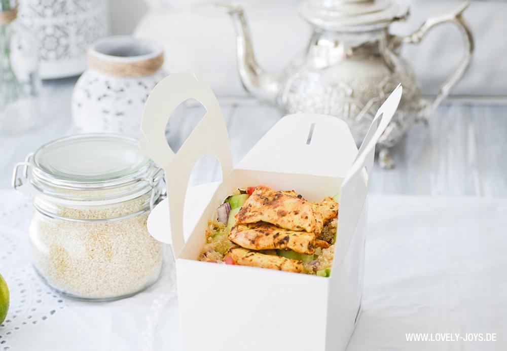 Quinoa Taboule Salat mit Hühnchen