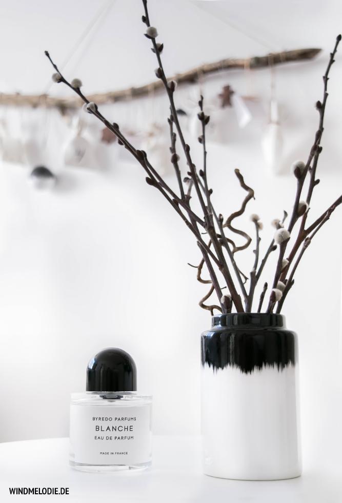 Byredo Parfum Blanche Vase Norman Copenhagen schwarz weiss