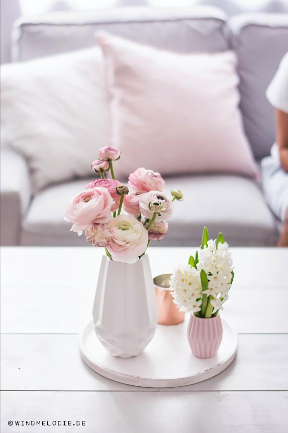 Wohnzimmer Pastell Rosa weiß skandinavisch