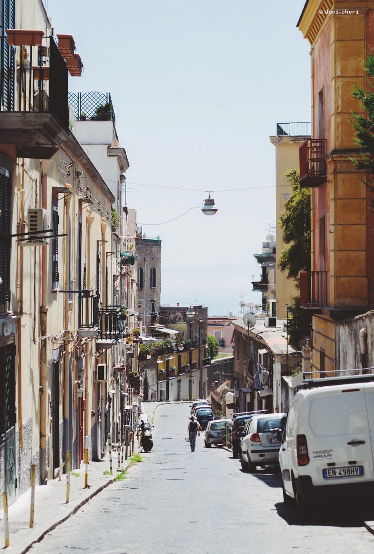 neapel italien roadtrip stadt tipps gasse
