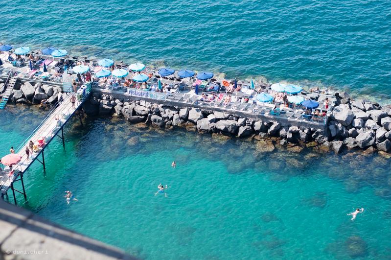 sorrento strand meer türkis blau
