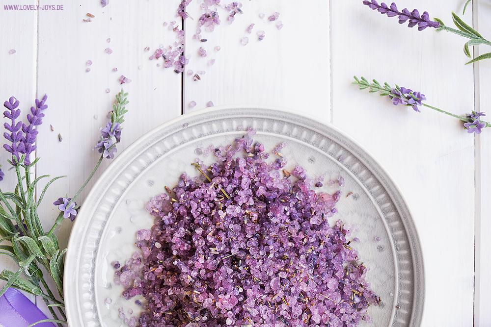 Badesalz Lavendel DIY Geschenkidee