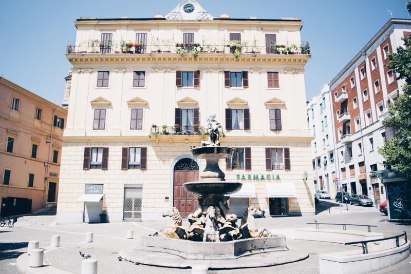 ancona fontana dei cavalli
