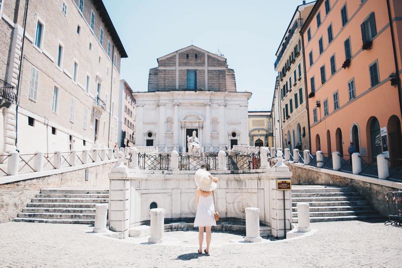 piazza del plebiscito ancona