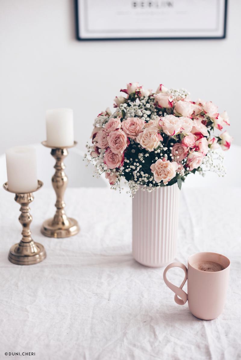 blumenstrauss rosen schleierkraut rosa