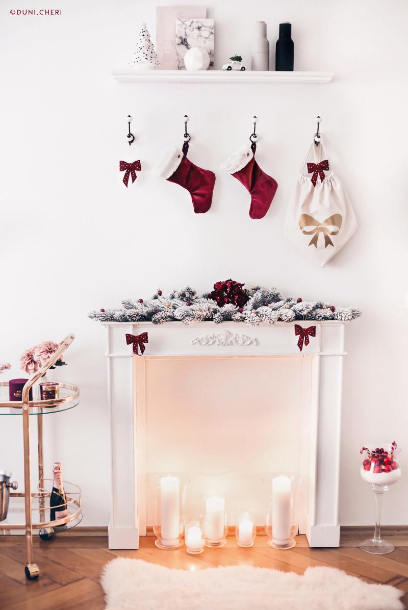 weihnachten deko kamin rot gold