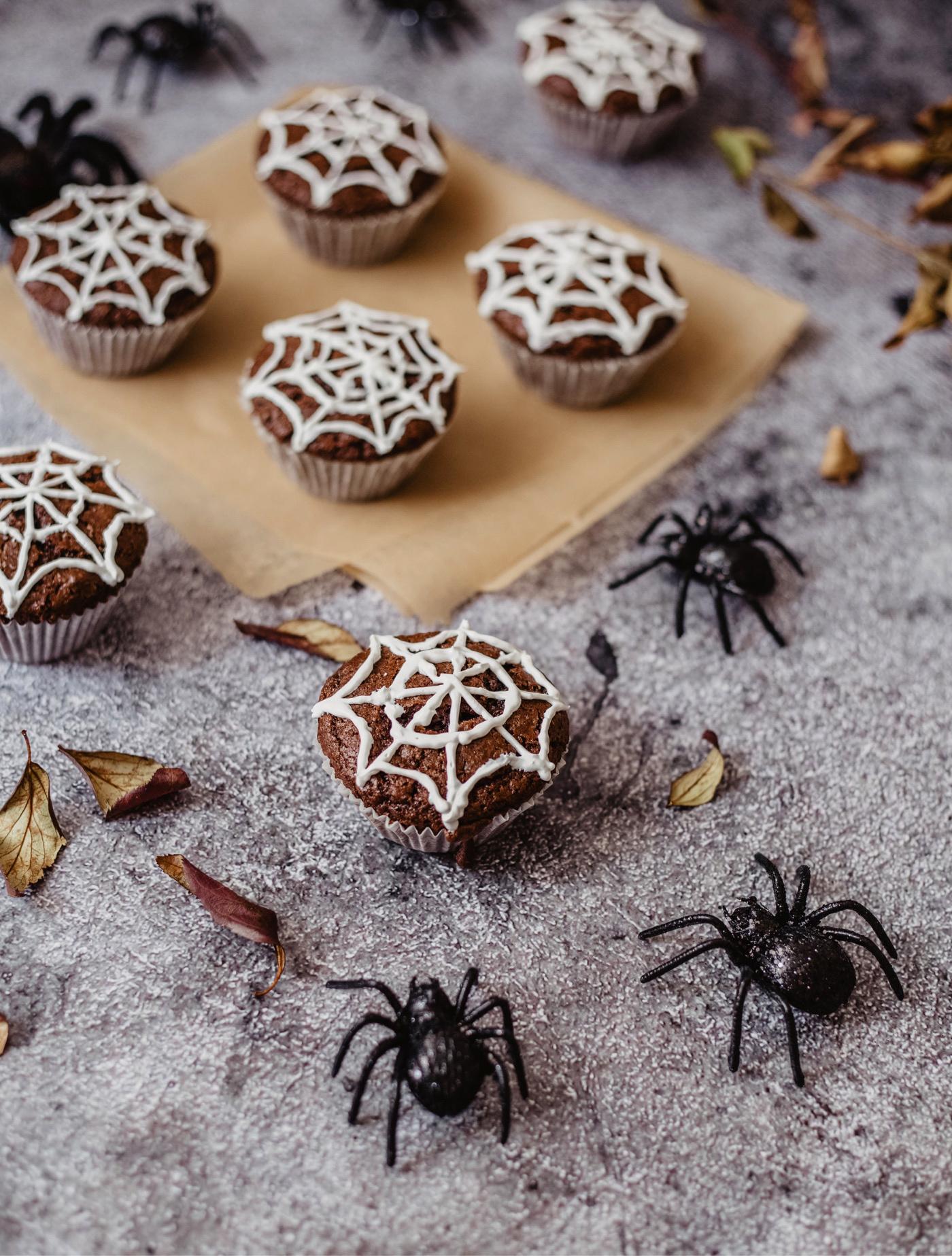halloween muffins spinnen netz